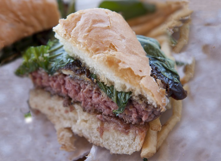 Picture of Best Burger in Los Angeles the Fathers Office Burger